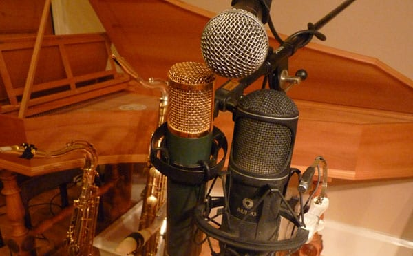 Microphone Shootout - choose the best microphone for recording your saxophone