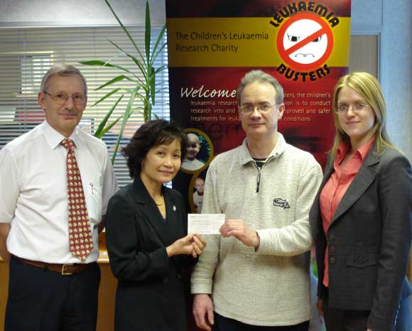 Fundraising for Leukemiabusters - handong over the cheque