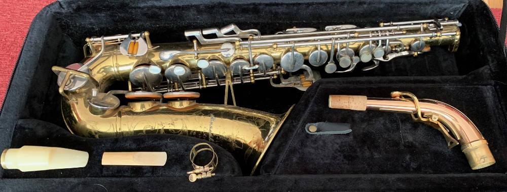 Assembling a saxophone